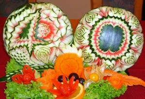 Melonenblüten | Obst- & Gemüseschnitzereien im Thai Tawan - Thailändisches Restaurant im Breisgau b. Europa-Park Rust