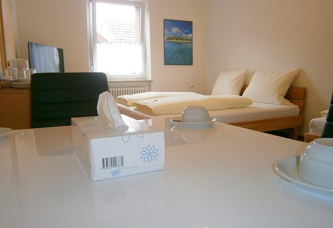 Dreibettzimmer: Doppelbett